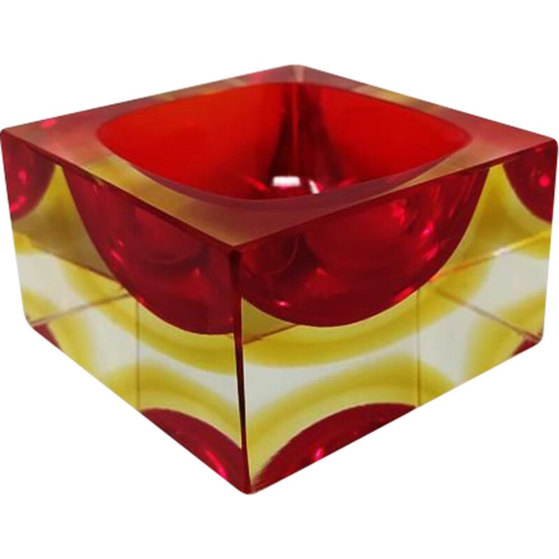Vintage cubic red and yellow ashtray or empty pocket of Flavio Poli for Seguso 1960