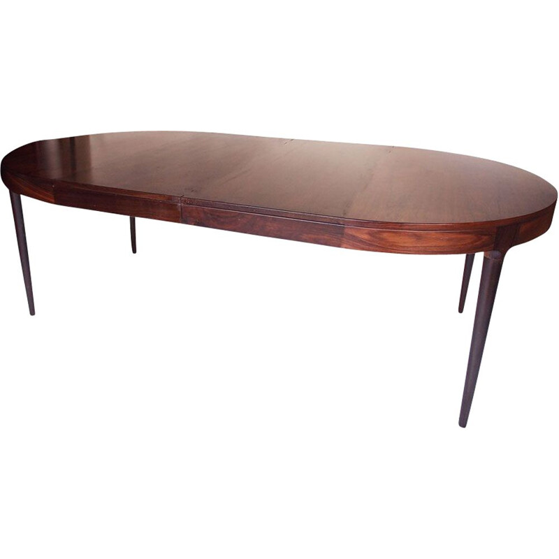 Vintage round table in Rio rosewood, Denmark 1950