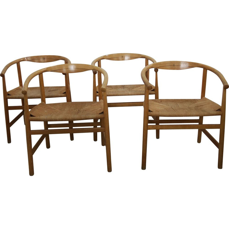 Set of 4 vintage chairs in oak by Hans Wegner