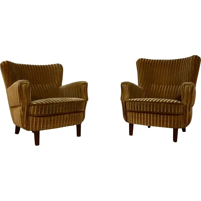 Pair of vintage Wingback easychairs by cabinetmaker danish 1940s