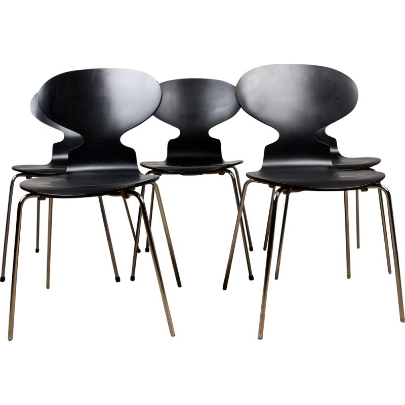 "Lot of 5 vintage ""Ant"" 4-legged chairs by Arne Jacobsen for Fritz Hansen, Danish 1986s"