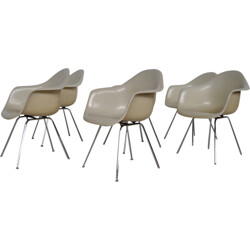 "Set of 6 Herman Miller ""Dax"" armchairs in beige fiberglass, Charles & Ray EAMES - 1960s"