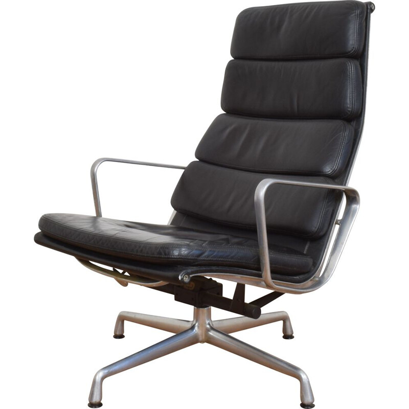 Vintage EA222 Lounge Chair by Ray & Charles Eames for Vitra 1980s