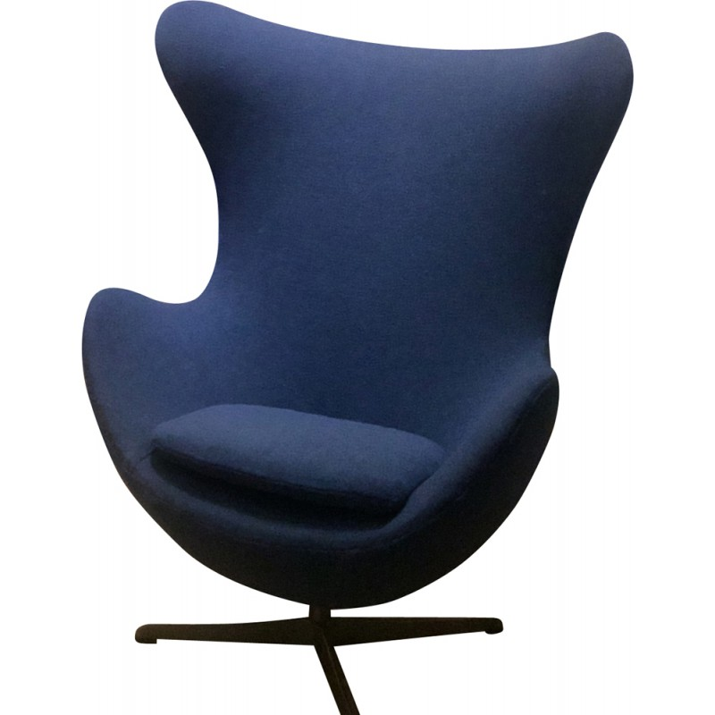 Design Fauteuil Egg.Fritz Hansen Egg Armchair In Blue Fabric Arne Jacobsen 1960s