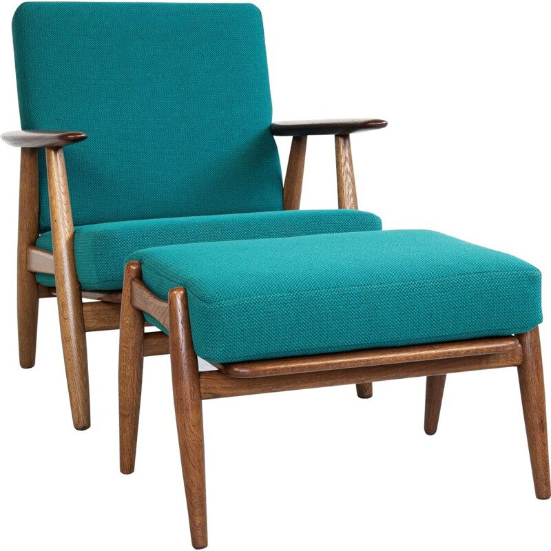 Vintage armchair and stool by Hans Wegner for Getama 1950