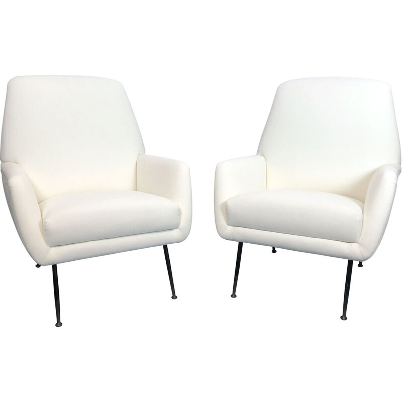 Pair of vintage armchairs in warm white velvet, Italy 1950