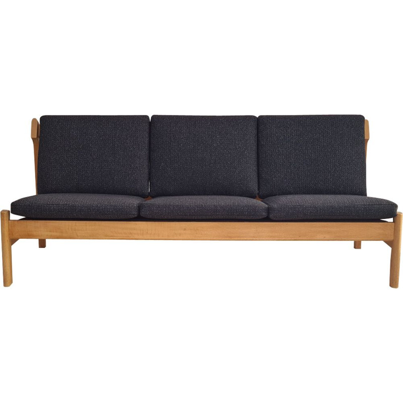 Vintage wool and oak sofa model 217 from Borge Mogensen, Denmark 1970