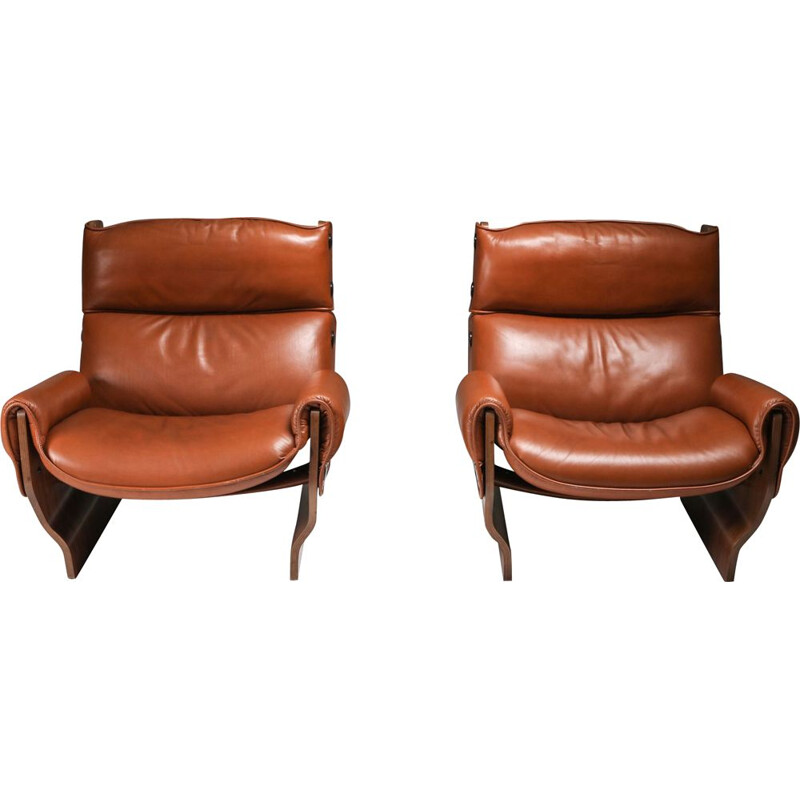 "Pair of vintage Borsani P110 ""Canada"" Lounge Chairs set in Cognac Leather, Italy 1960s"