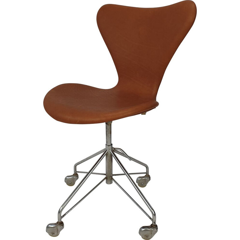 Vintage 3117 Swivel Desk Chair by Fritz Hansen & Arne Jacobsen 1960s