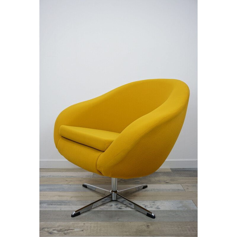 Vintage armchair Coquille Pivotant by Carl Eric Klote 1960s