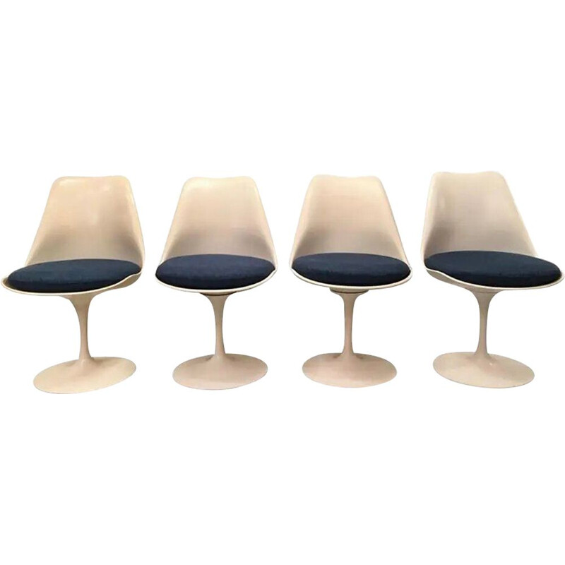 Set of 6 vintage Tulip Eero Saarinen chairs for Knoll International 1960s