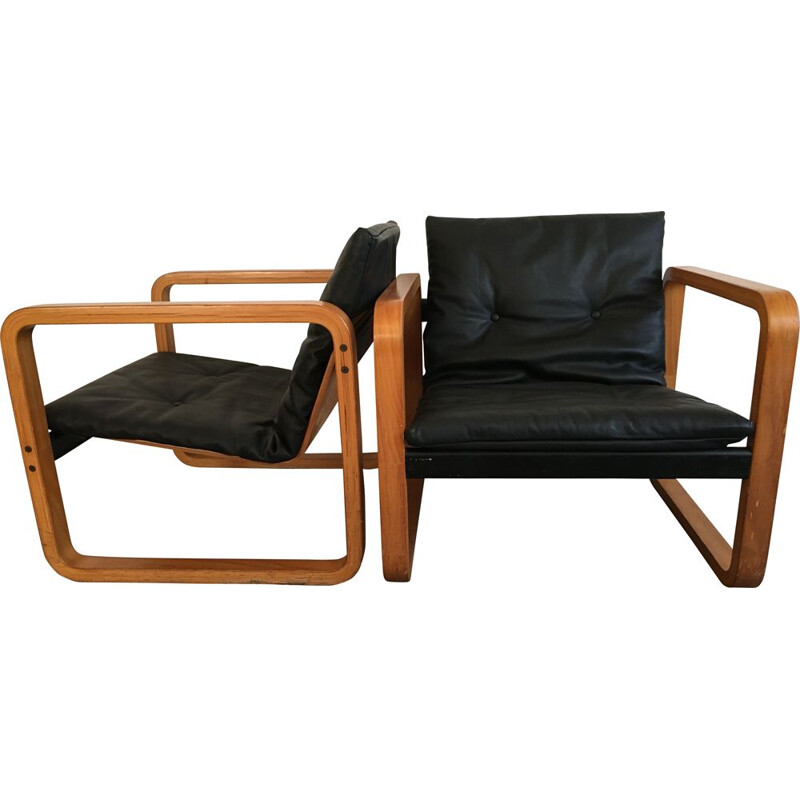 Pair of vintage Alvar Aalto lounge chair