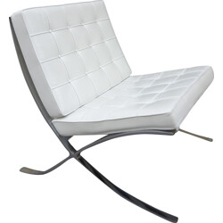 "Knoll ""Barcelona"" low chair in white leather and chromed steel, Mies Van Der ROHE - 1980s"