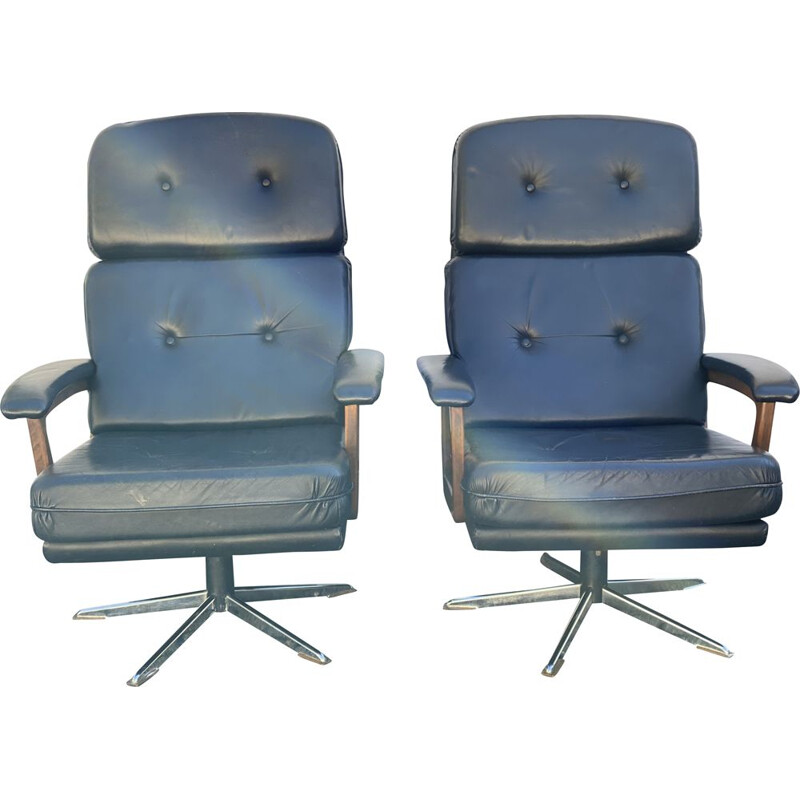 """Pair of vintage """"King"""" Arm Chairs by Andre Vandebeuck for Strassle 1960s"""