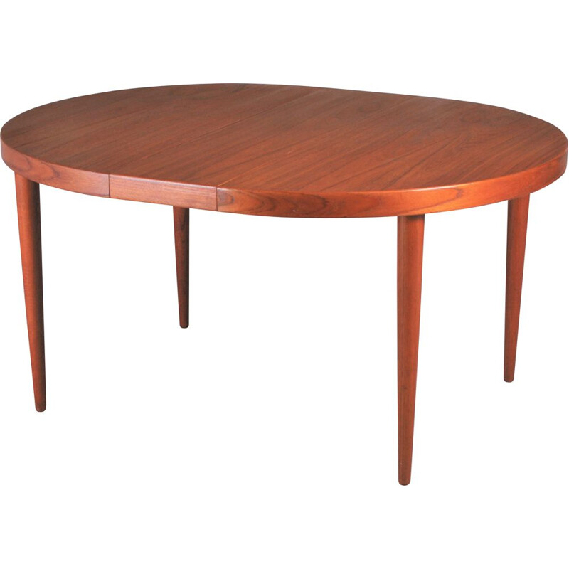 Vintage oval extensible teak dining table by Kai Kristiansen, Danish 1960