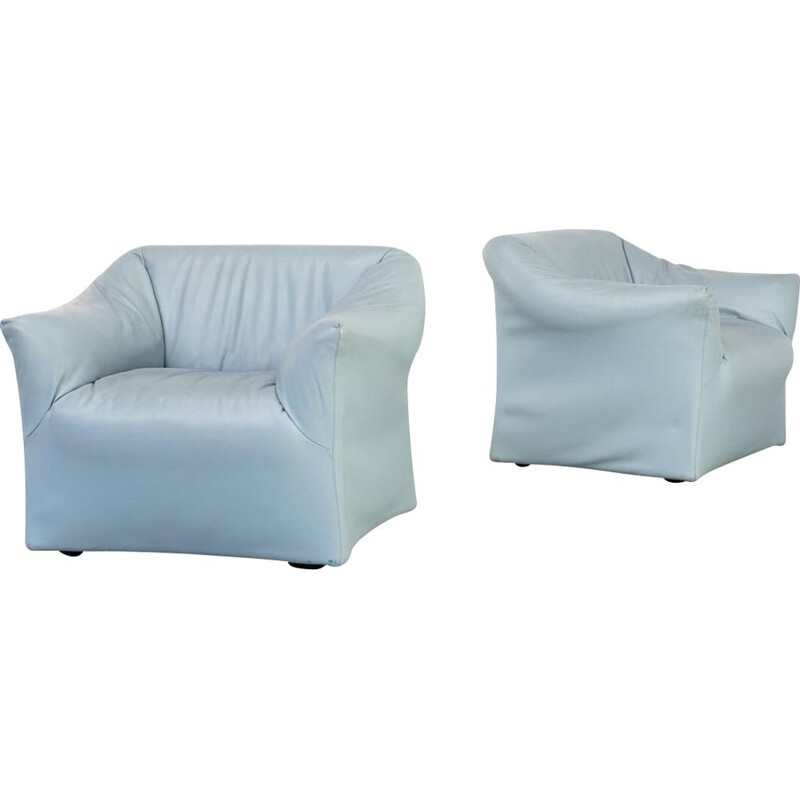 Pair of vintage model 685 sofa by Mario Bellini for Cassina 1980s