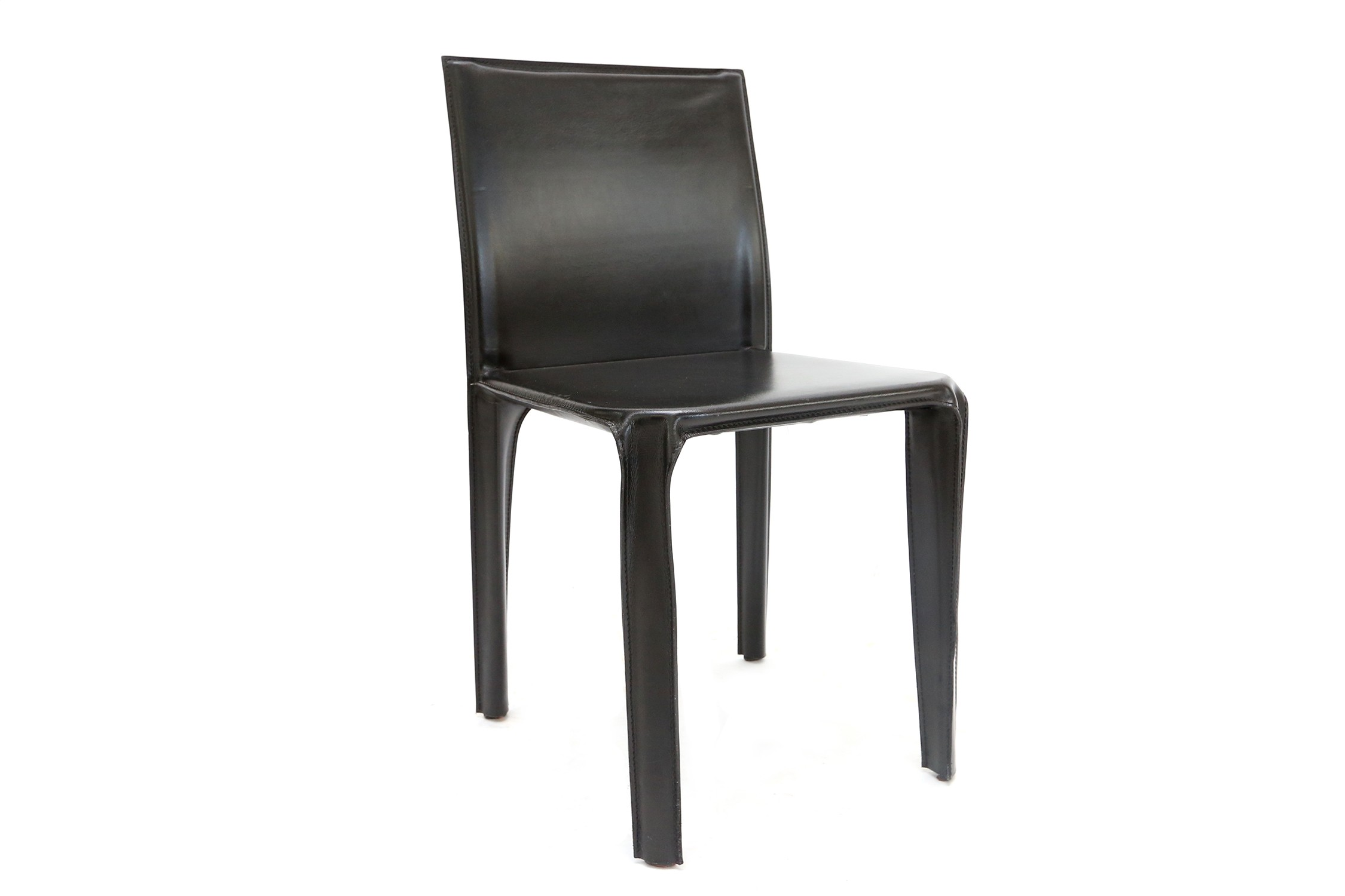 Set of 6 Arper dining chairs in black leather 1970s Design Market