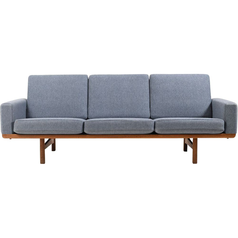Vintage GE-236 3 Sofa in solid Oak by Hans J. Wegner for Getama 1955s
