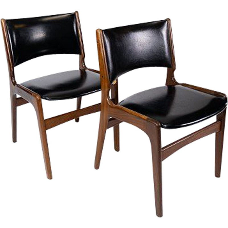 Pair of vintage chairs in teak and with black leather by Erik Buch 1960s