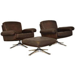 "Pair of mid-century De Sede ""DS-31"" armchairs in brown leather with ottoman - 1970s"
