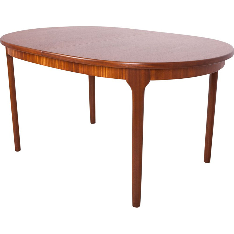 Vintage Oval Extendable Dining Table from McIntosh 1960s