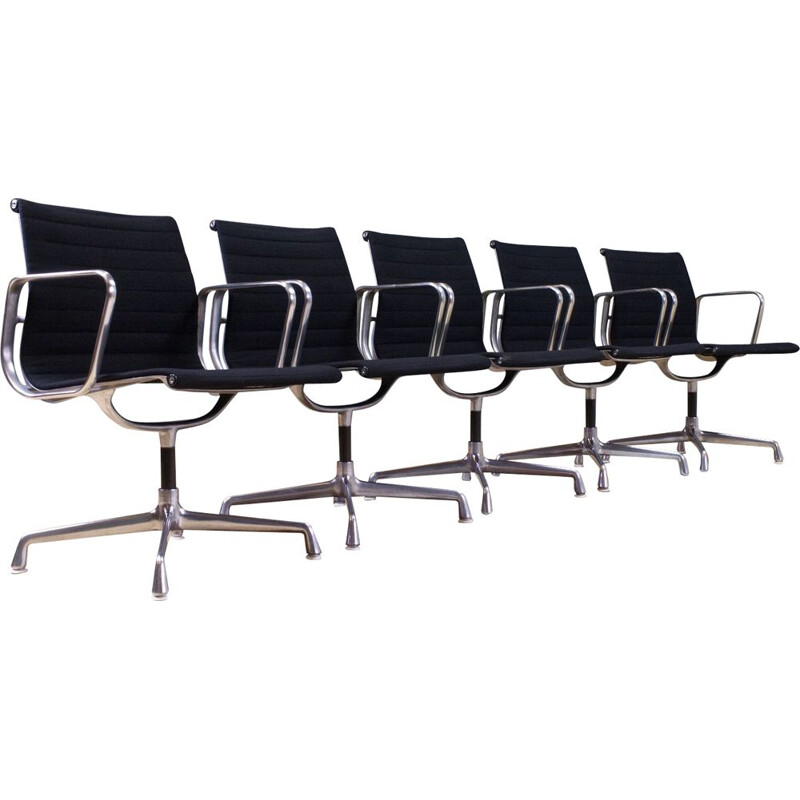 Set of 5 vintage black Eames chairs model EA107 Aluminium by Herman Miller, USA 1970s