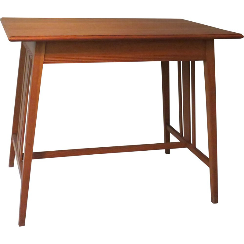 Vintage Table in light oak Haque School