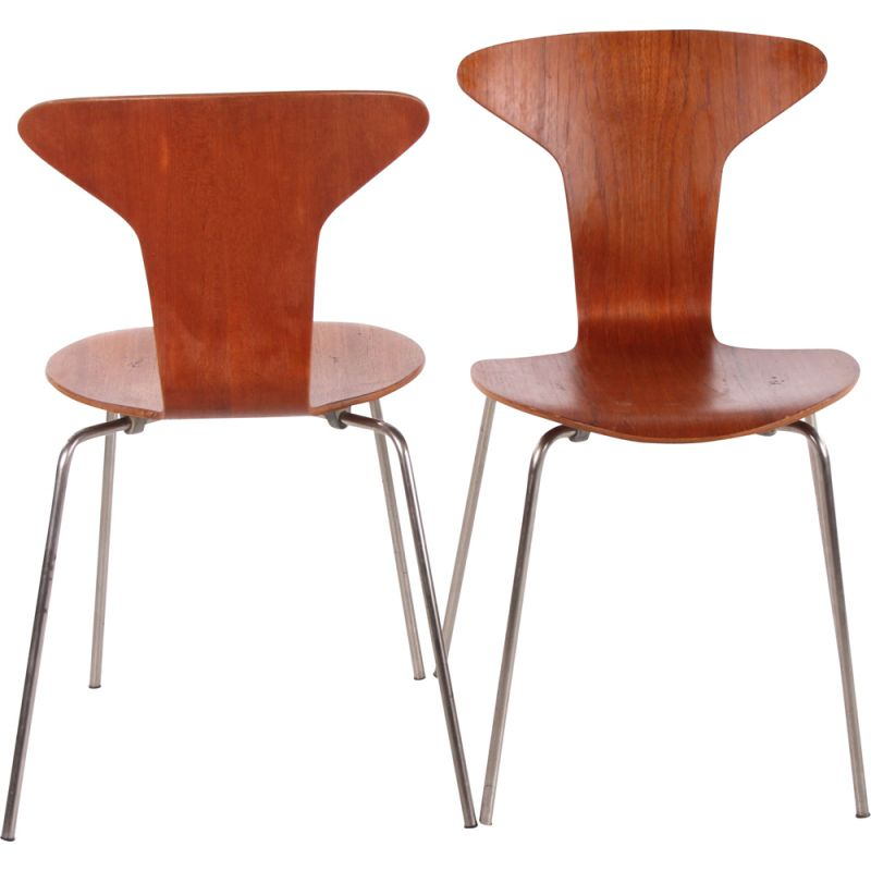 Pair of vintage Mosquito 3105 chair by Arne Jacobsen & Fritz Hansen 1950s
