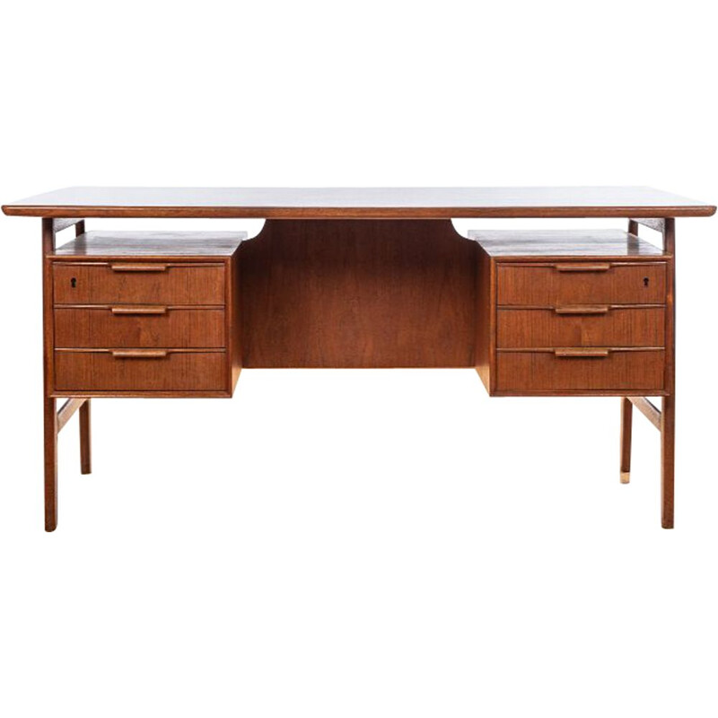 Vintage Model 75 Desk in Teak by Gunni Omann 1960s