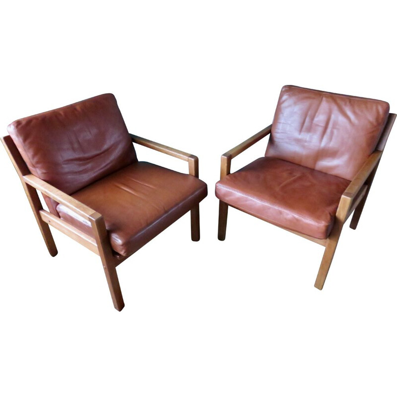 Pair of vintage oak armchairs with tan leather cushions, Denmark 1960