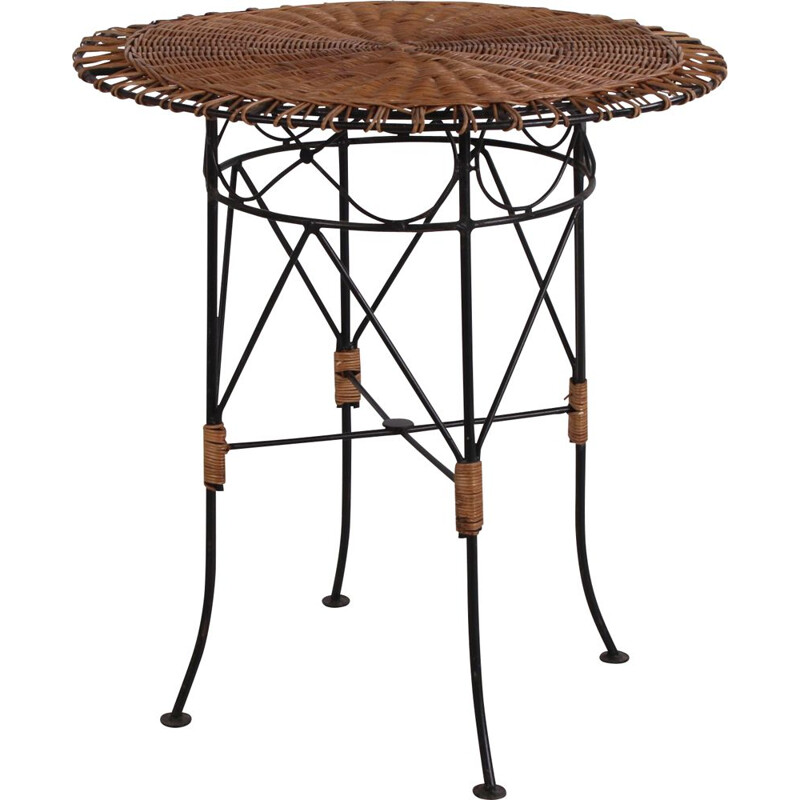 Vintage Round wicker side table with metal frame