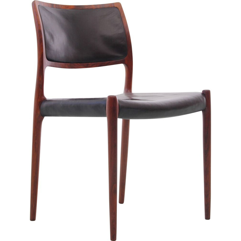 Suite of 6 vintage rosewood chairs from Rio model N 80