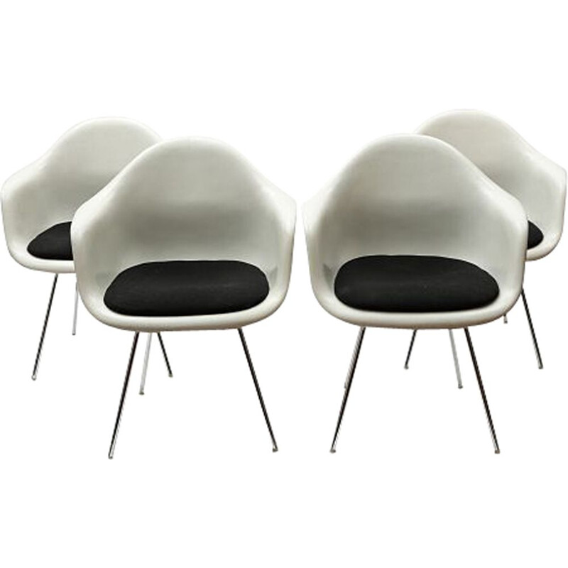 "Set of 4 vintage ""Dax"" chairs by Charles and Ray Eames 1950s"