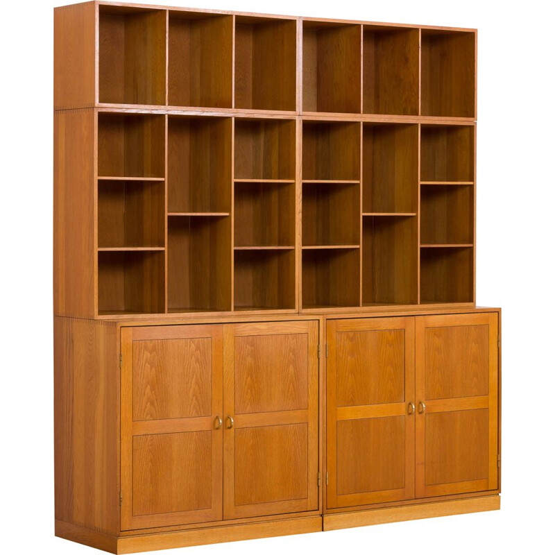 Vintage modular oak wall unit by Christian Hvidt for Soborg Mobelfabrik 1970s