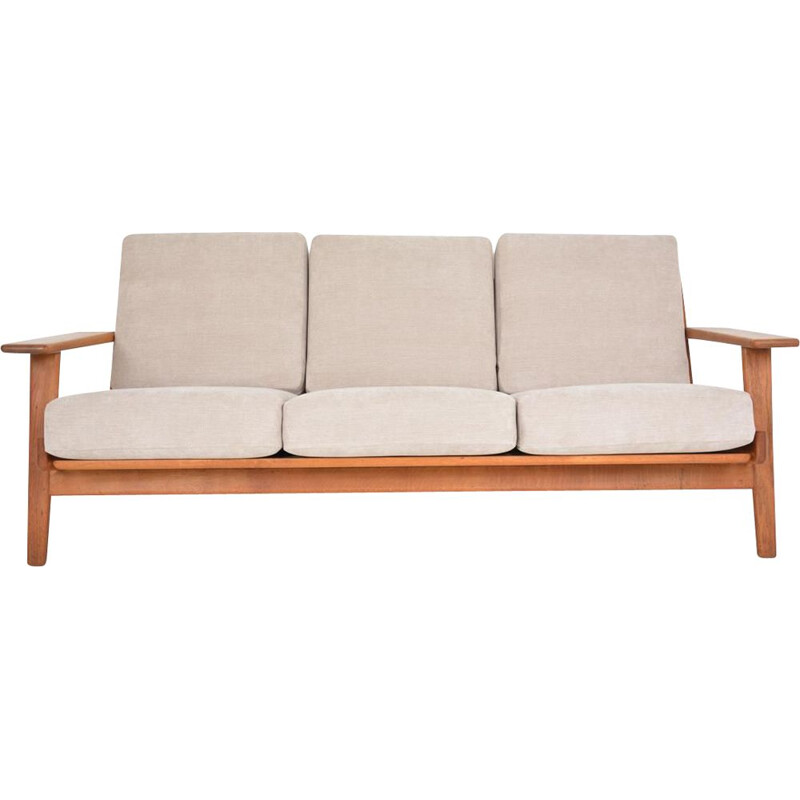 Vintage sofa by Hans Wegner for Getama, Denmark 1950s