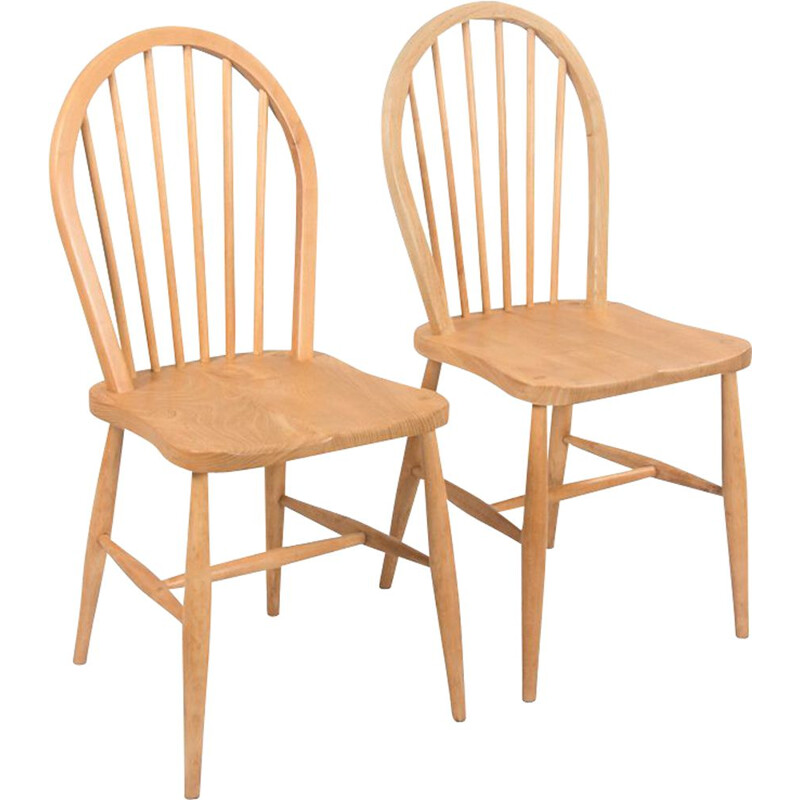 Pair of vintage Windsor chairs by Ercol, UK 1960s
