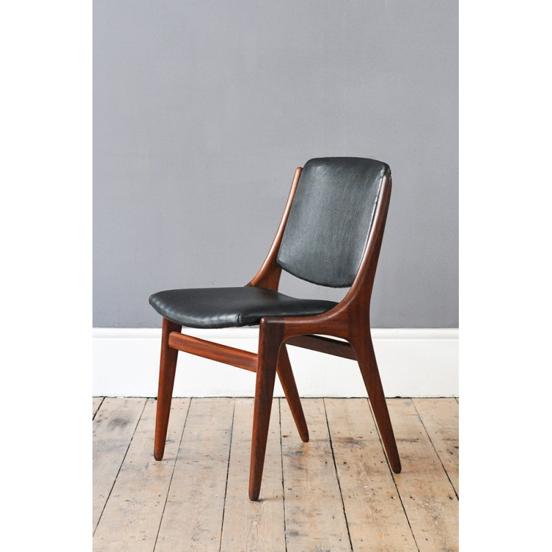 Set Of Eight Midcentury Dining Chairs In Black Leather 1960s Design Market