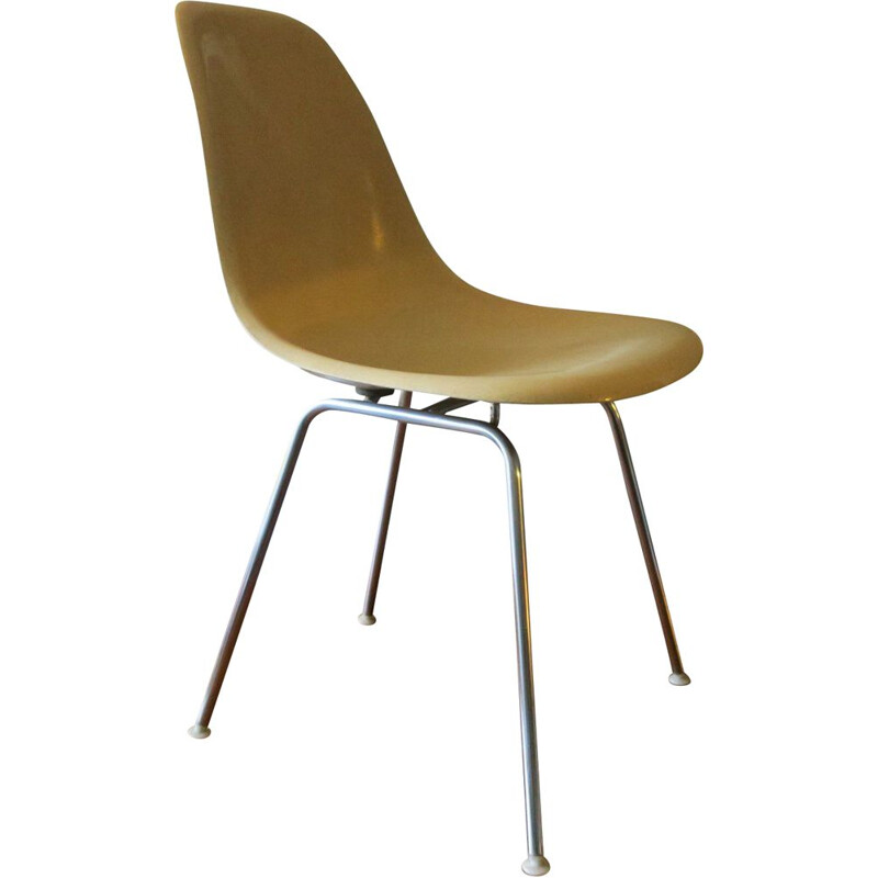 Vintage DSX fiberglass chair by Charles & Ray Eames for Herman Miller 1950