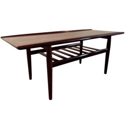 Scandinavian coffee table in Rio rosewood, Grete JALK - 1950s