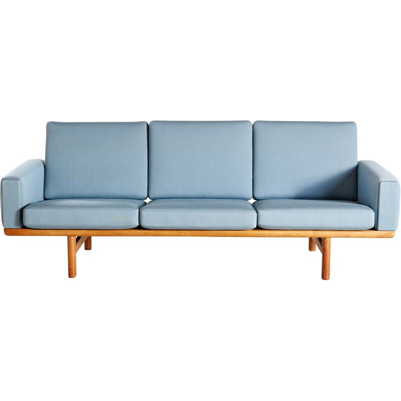Vintage sofa model GE 2363 by Hans J. Wegner for Getama 1950s