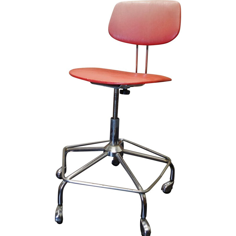 Vintage mobile office chair