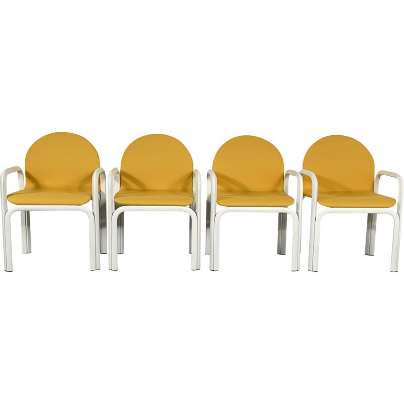 Set of 4 vintage Orsay armchairs by Gae Aulenti for Knoll 1970s