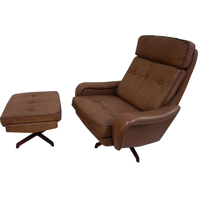 Set of vintage swivel chairs and ottomans 1960s