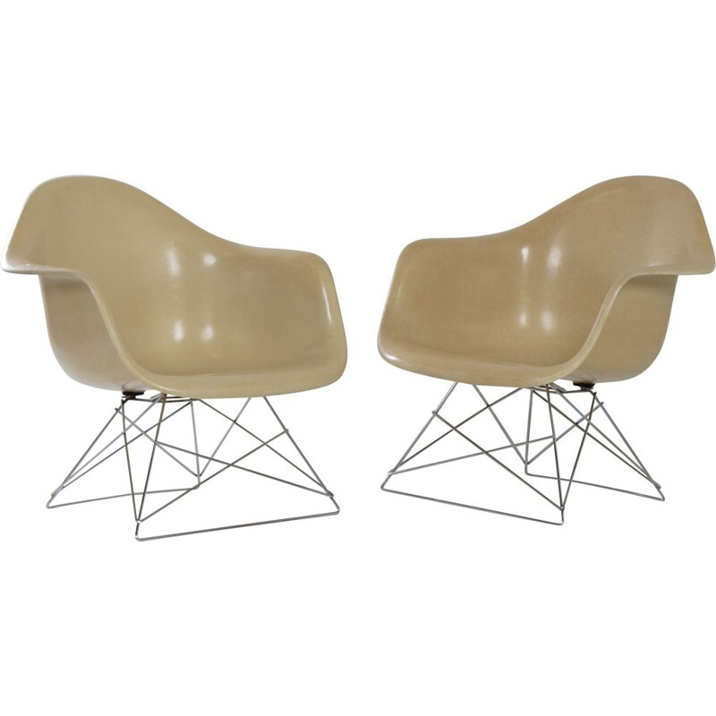 Pair of fiberglass armchairs by Charles & Ray Eames for Herman Miller 1970s
