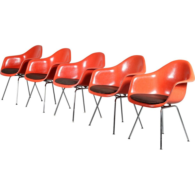 Set of 5 vintage chairs by Eames for Herman Miller, Germany 1970