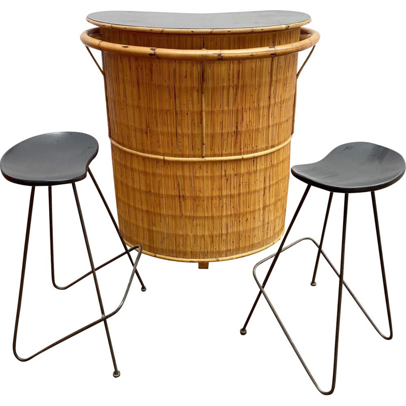 Set of bar stools and 2 high stools in bamboo
