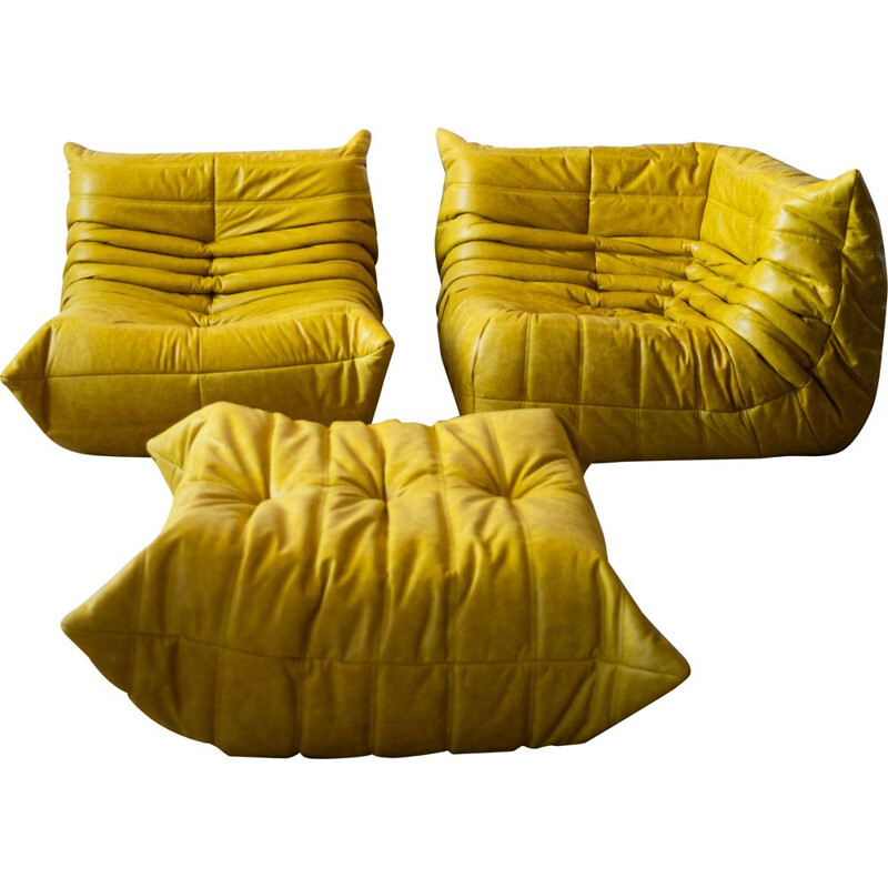 Set of vintage armchair and corner armchair with pouffeTogo leather  by Michel Ducaroy for Ligne Roset