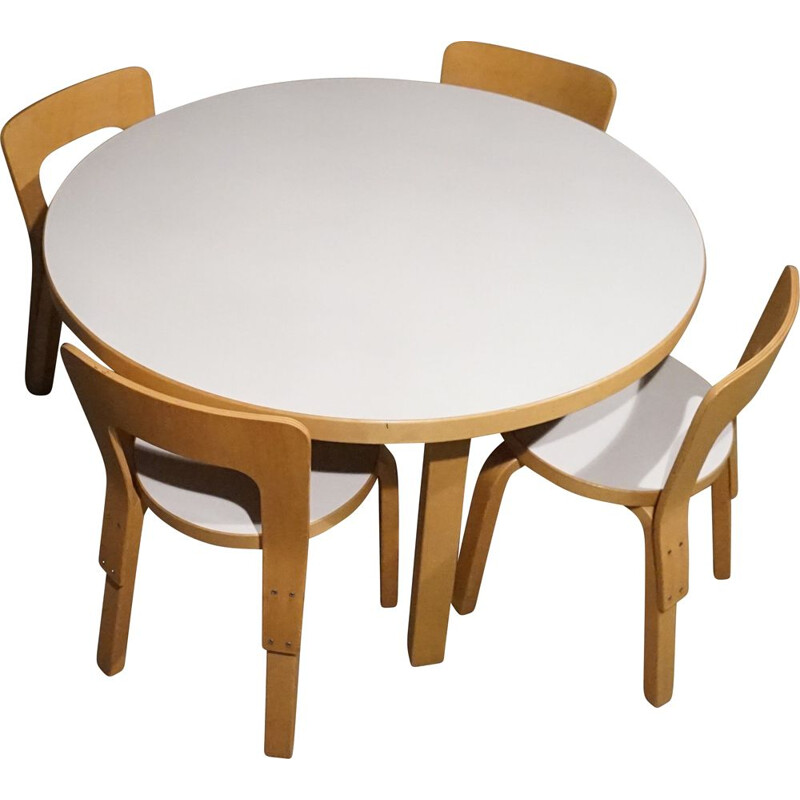 Set of Alvar Aalto Model 66 Children's Dining Chairs and Model 91L Table in Patinated Birch Produced by Artek 1970's