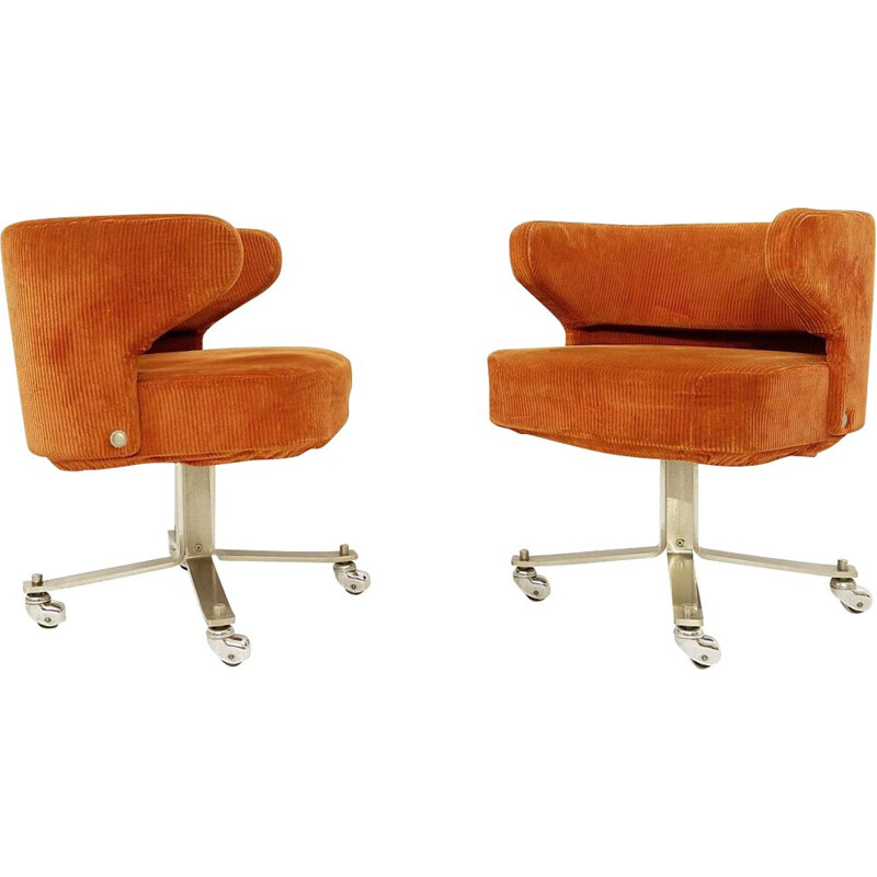 Pair of vintage Poney Chairs  by Gianni Moscatelli for Formanova Milano, 1978s