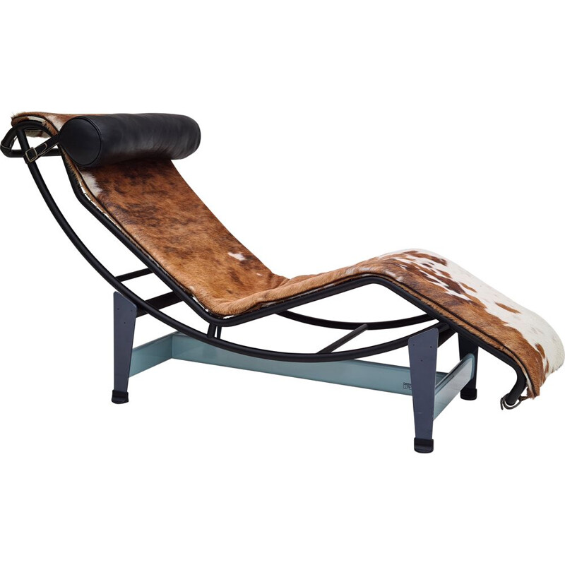 Mid century LC4 cowhide lounge chair by Cassina, 1980s